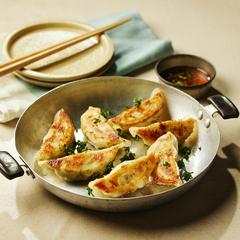これ、ホントに捨ててた魚なの?/対馬 GOOD EAT PROJECT オリジナル「魚餃子」【もったいない魚を餃子に】(冷凍/30個6人前)*11月10日より順次発送